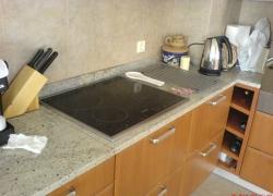 2203 кухн. плот - гранит с отвор за котлони